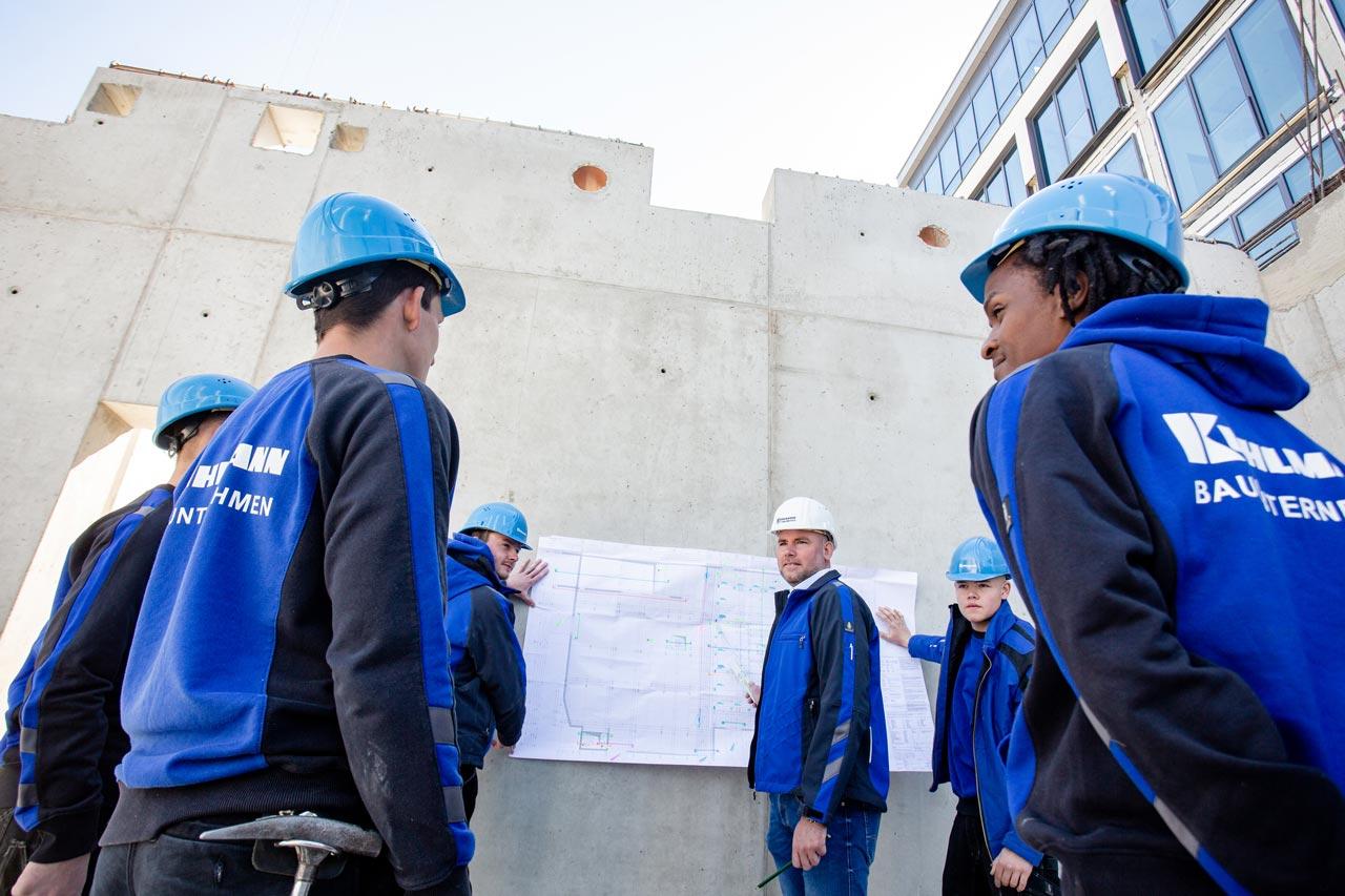 Das Bauunternehmen Kuhlmann sucht Beton- und Stahlbetonbauer.